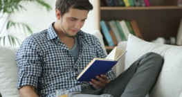 چگونه از مطالعه کردن لذت ببریم؟